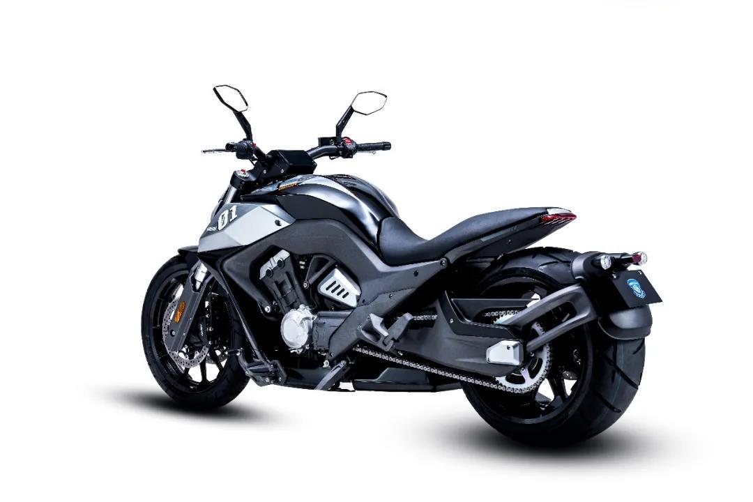奔达700排量四缸巡航车官方爆出售价4万 ,预计明年下旬上市-第5张图片-春风行摩托车之家