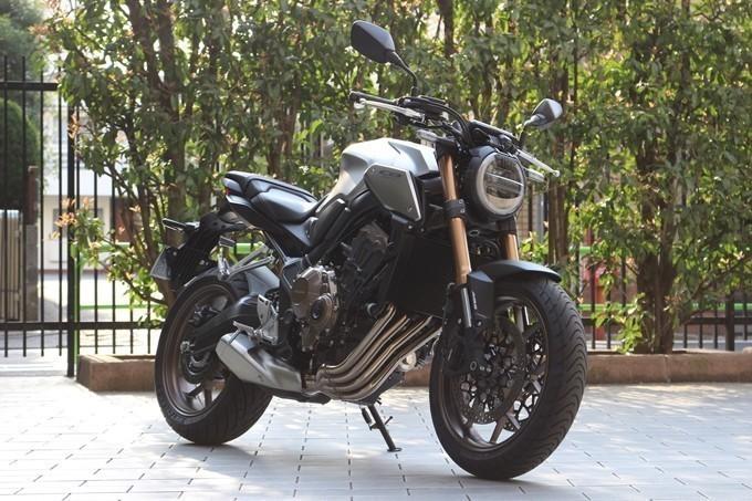 【试驾报告】中阶四缸街车首选!本田HONDA「CB650R」-第1张图片-春风行摩托车之家