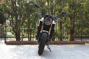 【试驾报告】中阶四缸街车首选!本田HONDA「CB650R」-第4张图片-春风行摩托车之家