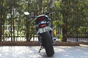 【试驾报告】中阶四缸街车首选!本田HONDA「CB650R」-第5张图片-春风行摩托车之家