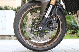 【试驾报告】中阶四缸街车首选!本田HONDA「CB650R」-第24张图片-春风行摩托车之家
