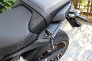 【试驾报告】中阶四缸街车首选!本田HONDA「CB650R」-第28张图片-春风行摩托车之家