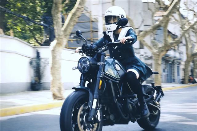 """贝纳利摩托:冬季骑车""""冷""""知识-第1张图片-春风行摩托车之家"""