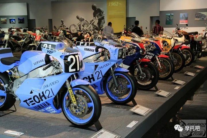 又美又贵,雅马哈的第一台市售超跑!-第5张图片-春风行摩托车之家