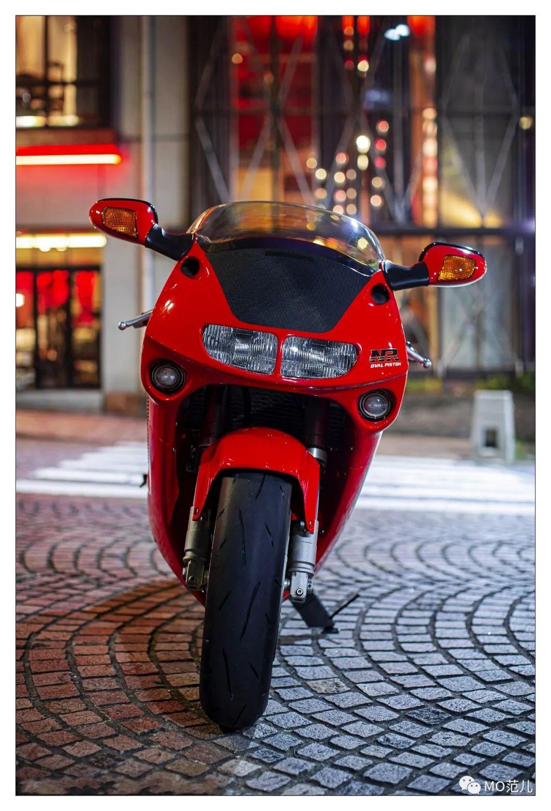 第一个把排气筒放在后座下的四冲摩托车是谁?-第2张图片-春风行摩托车之家