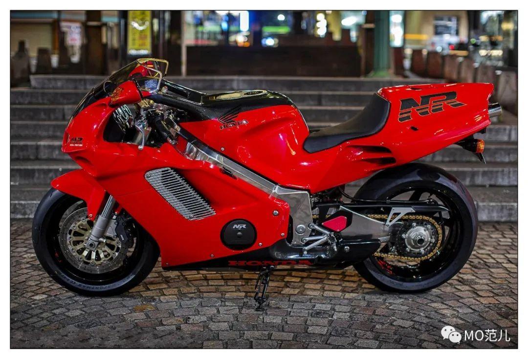 第一个把排气筒放在后座下的四冲摩托车是谁?-第4张图片-春风行摩托车之家