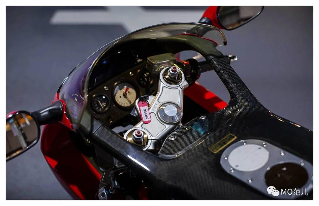 第一个把排气筒放在后座下的四冲摩托车是谁?-第11张图片-春风行摩托车之家