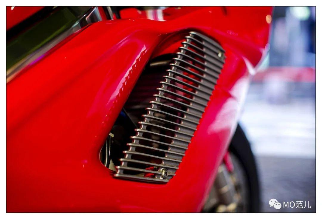 第一个把排气筒放在后座下的四冲摩托车是谁?-第20张图片-春风行摩托车之家