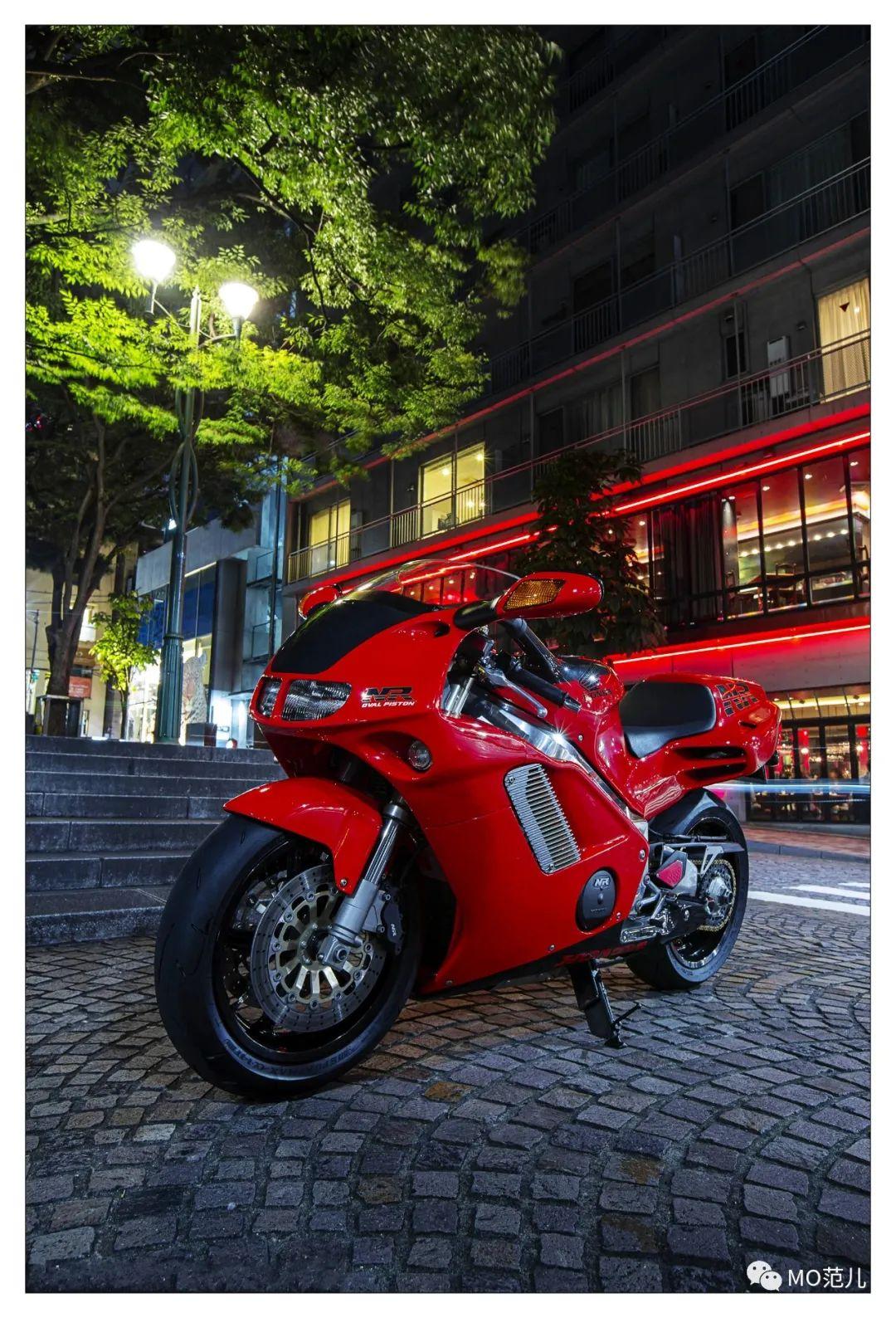 第一个把排气筒放在后座下的四冲摩托车是谁?-第25张图片-春风行摩托车之家