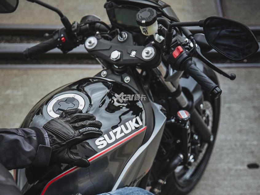 铃木V缸街车SV650/X上市 售价8.58万起-第3张图片-春风行摩托车之家