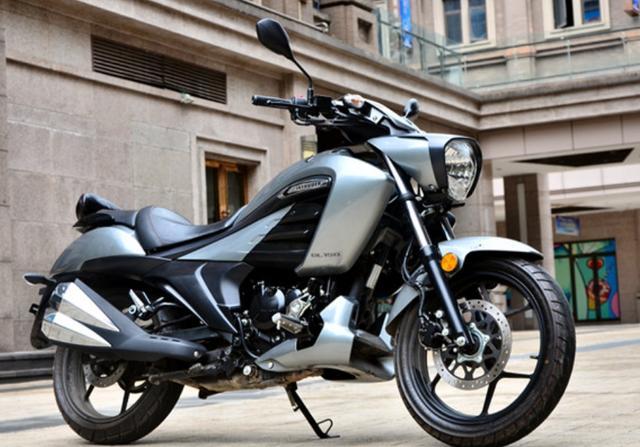 因外观受争议,售价不到1.5万!解析铃木酷道155:极速108,带ABS-第1张图片-春风行摩托车之家
