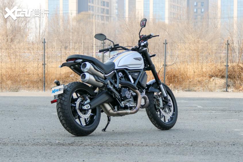 电子配置齐全 实拍杜卡迪自游1100 PRO-第3张图片-春风行摩托车之家