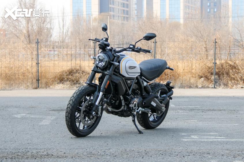 电子配置齐全 实拍杜卡迪自游1100 PRO-第2张图片-春风行摩托车之家
