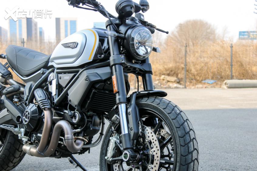 电子配置齐全 实拍杜卡迪自游1100 PRO-第10张图片-春风行摩托车之家