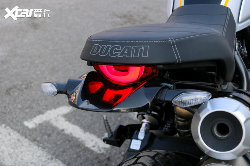 电子配置齐全 实拍杜卡迪自游1100 PRO-第8张图片-春风行摩托车之家
