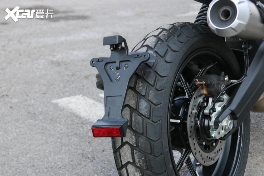 电子配置齐全 实拍杜卡迪自游1100 PRO-第9张图片-春风行摩托车之家
