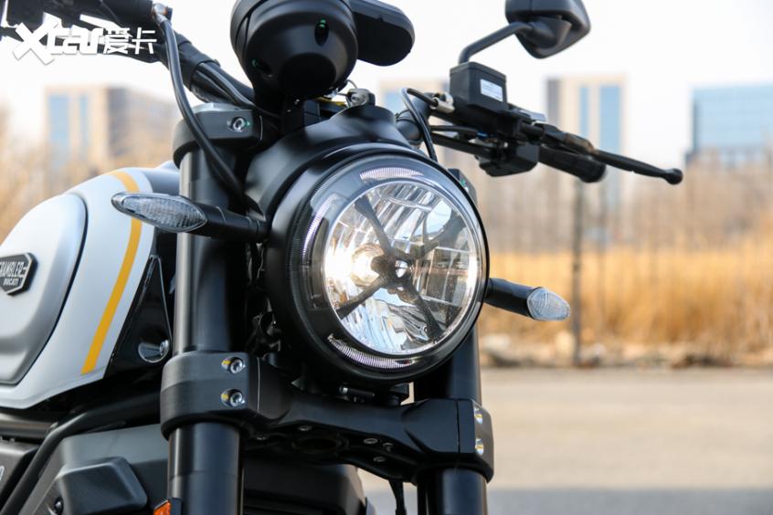 电子配置齐全 实拍杜卡迪自游1100 PRO-第6张图片-春风行摩托车之家