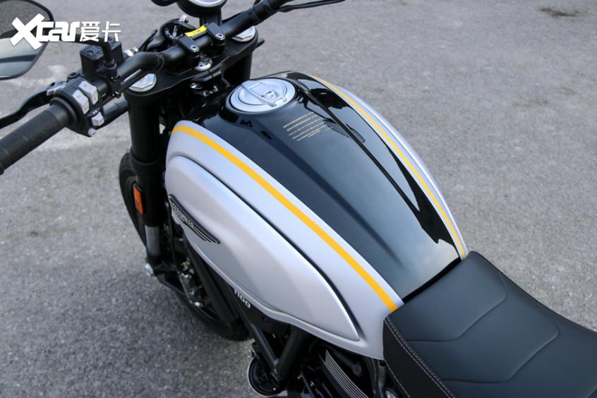 电子配置齐全 实拍杜卡迪自游1100 PRO-第24张图片-春风行摩托车之家