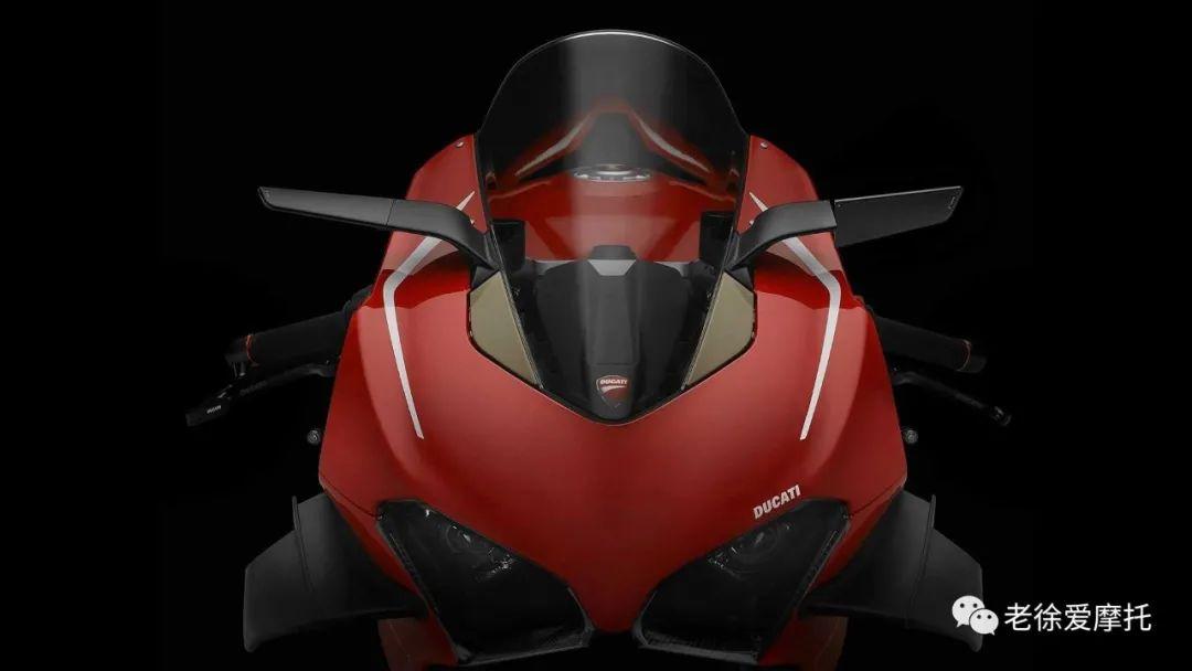 实用与美学兼具! Rizoma 翅膀隐形后照镜-第4张图片-春风行摩托车之家