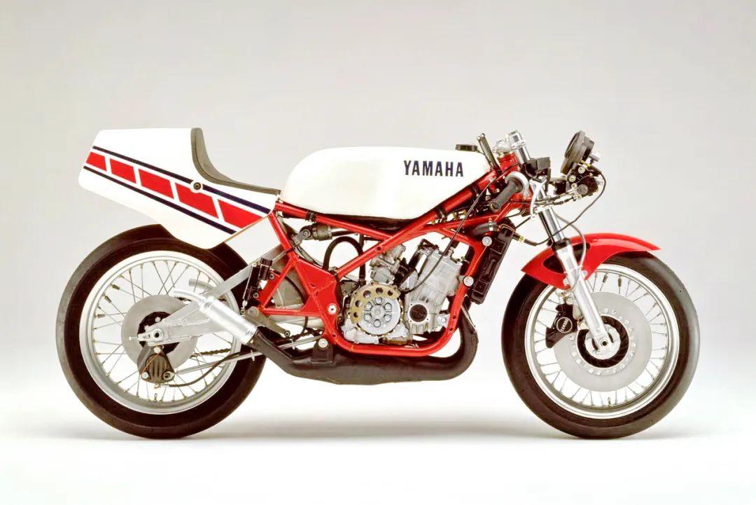 车型历史图库:雅马哈Yamaha TZR250 第一代-第18张图片-春风行摩托车之家