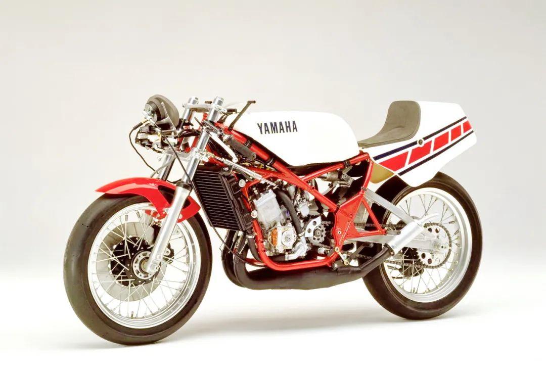 车型历史图库:雅马哈Yamaha TZR250 第一代-第19张图片-春风行摩托车之家
