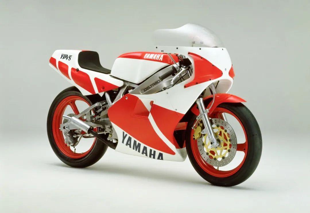 车型历史图库:雅马哈Yamaha TZR250 第一代-第21张图片-春风行摩托车之家