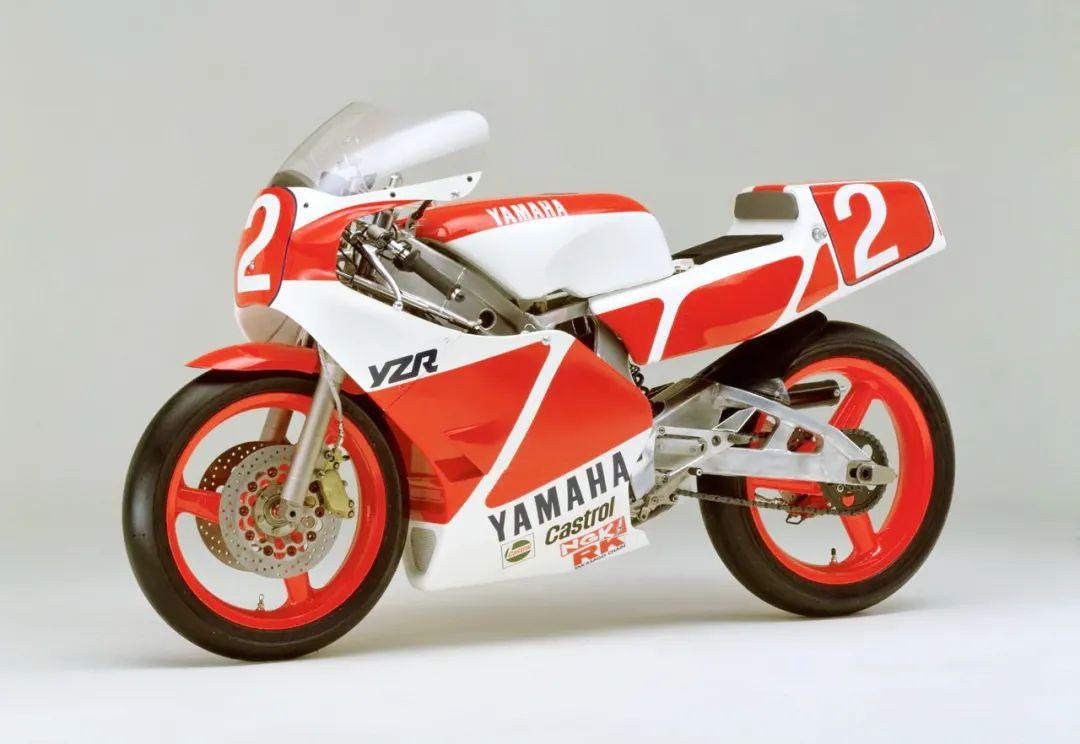 车型历史图库:雅马哈Yamaha TZR250 第一代-第26张图片-春风行摩托车之家