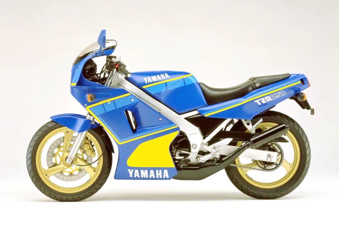 车型历史图库:雅马哈Yamaha TZR250 第一代-第39张图片-春风行摩托车之家