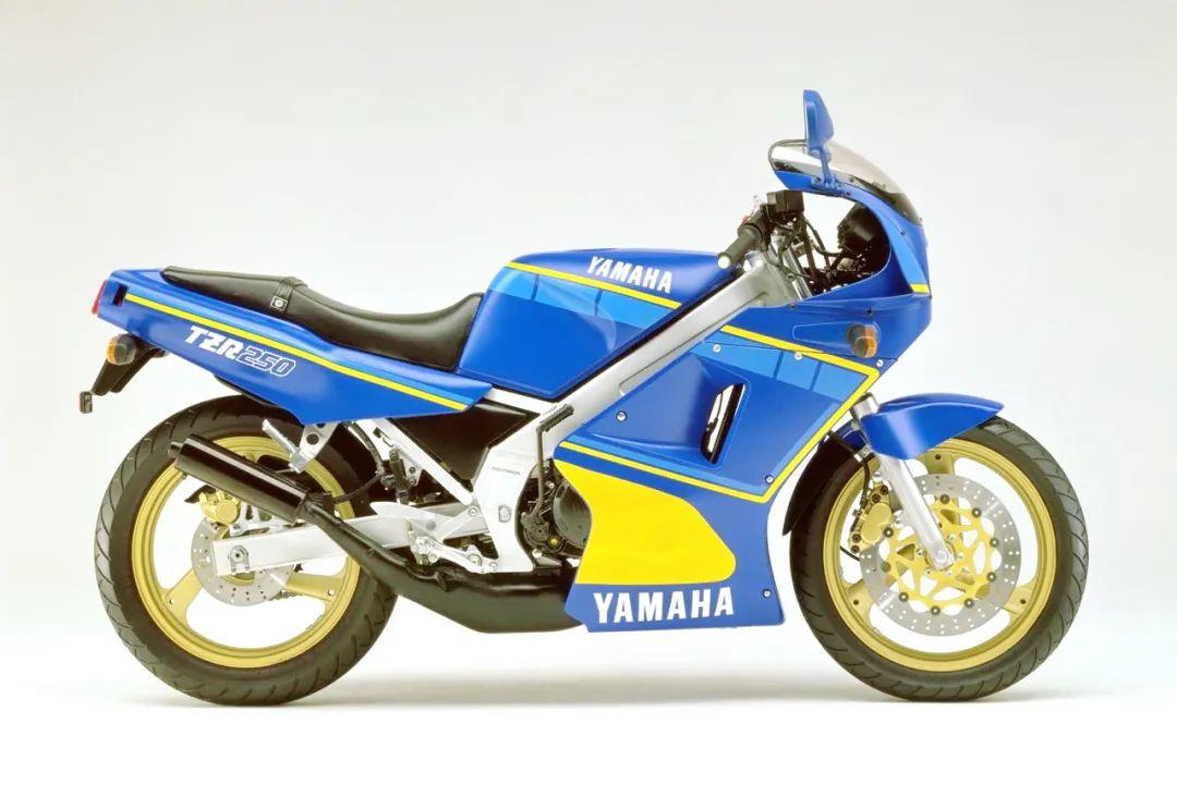 车型历史图库:雅马哈Yamaha TZR250 第一代-第37张图片-春风行摩托车之家