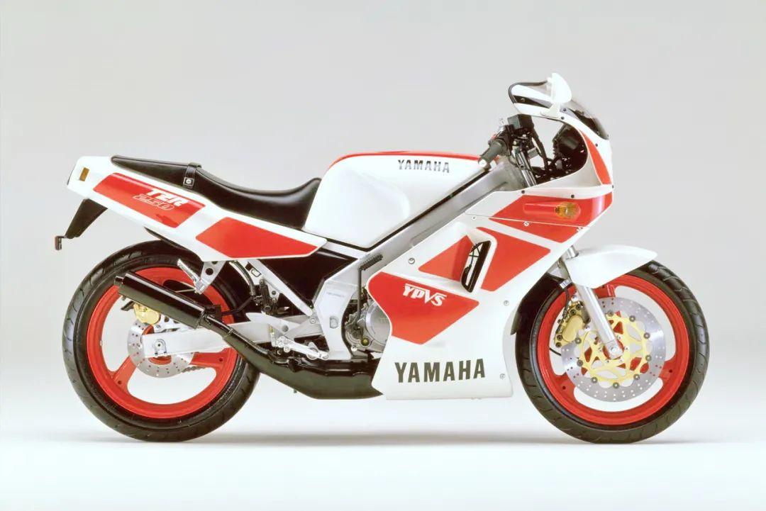 车型历史图库:雅马哈Yamaha TZR250 第一代-第41张图片-春风行摩托车之家