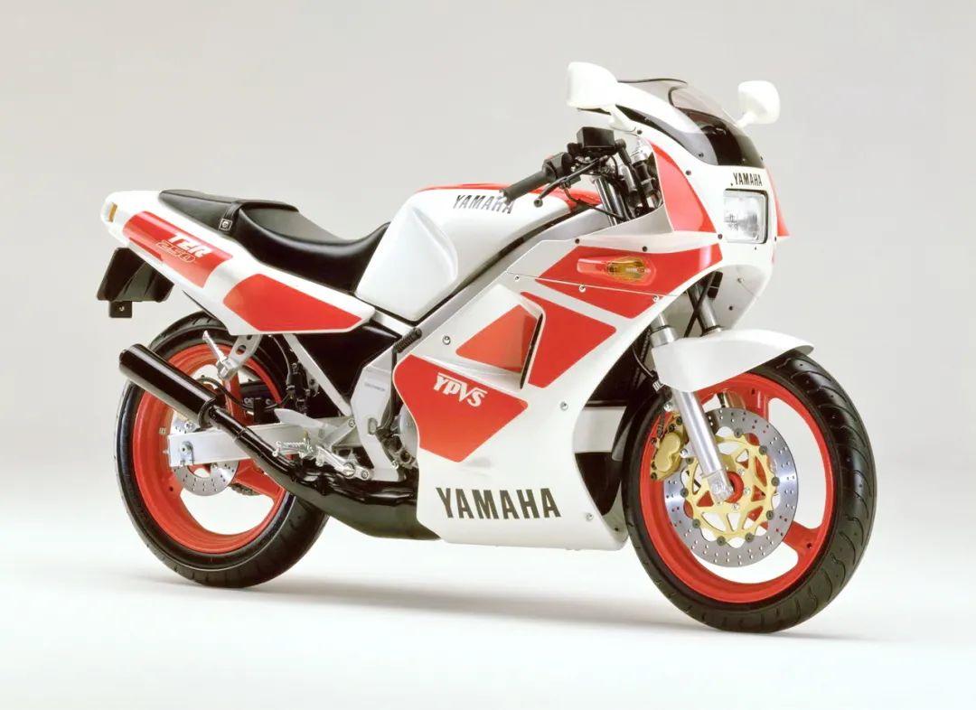 车型历史图库:雅马哈Yamaha TZR250 第一代-第40张图片-春风行摩托车之家