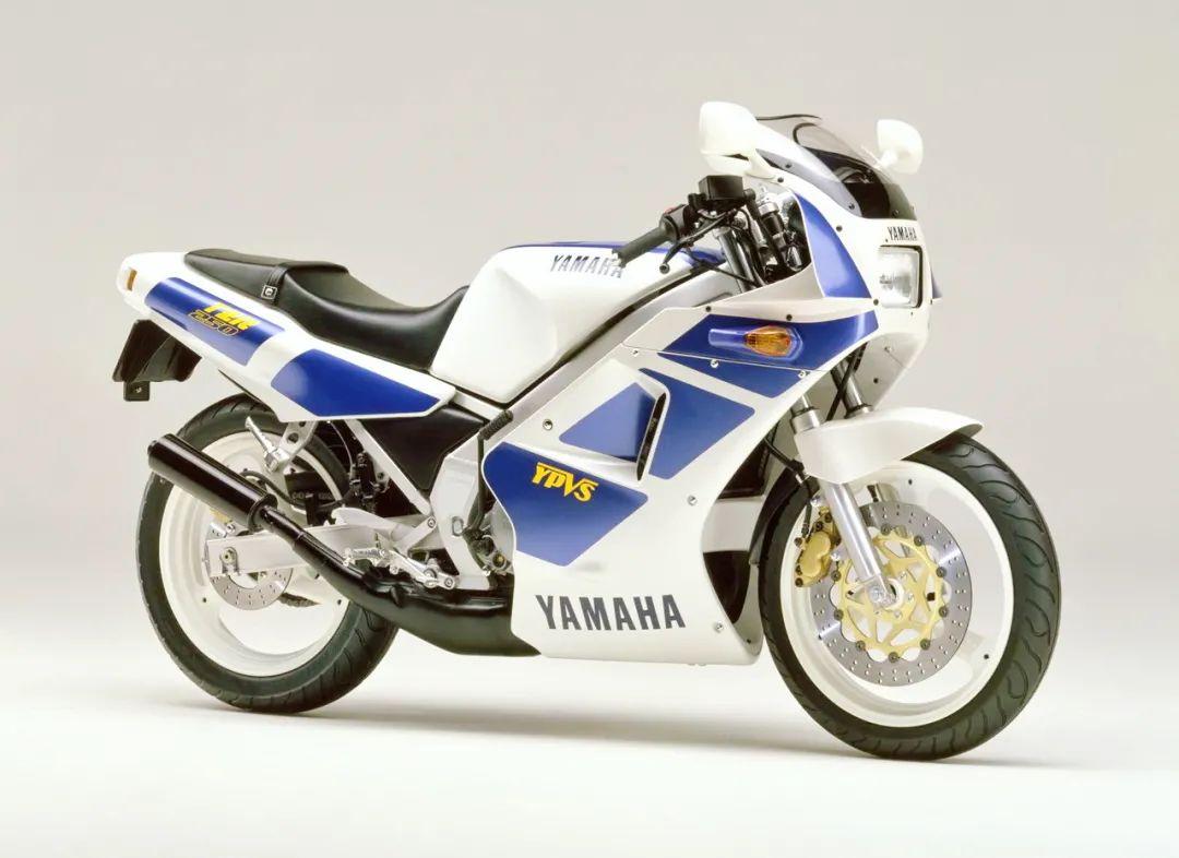 车型历史图库:雅马哈Yamaha TZR250 第一代-第44张图片-春风行摩托车之家