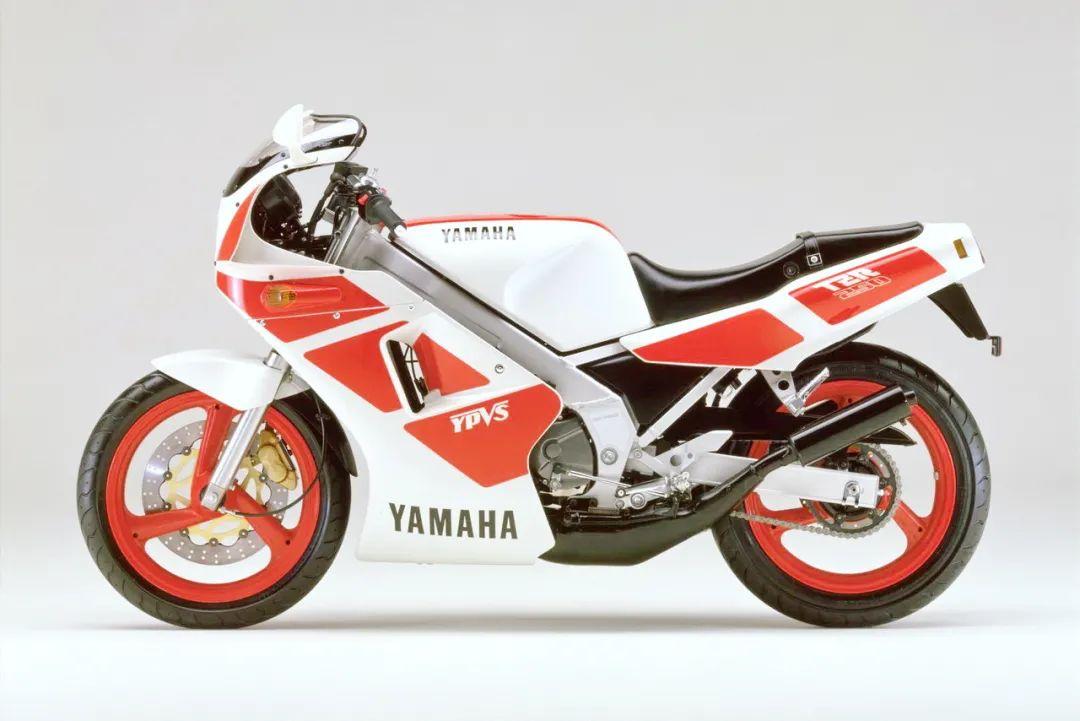 车型历史图库:雅马哈Yamaha TZR250 第一代-第43张图片-春风行摩托车之家