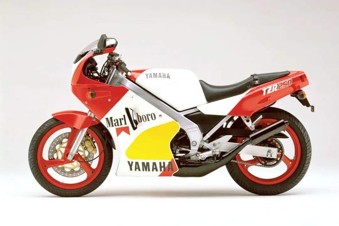 车型历史图库:雅马哈Yamaha TZR250 第一代-第51张图片-春风行摩托车之家