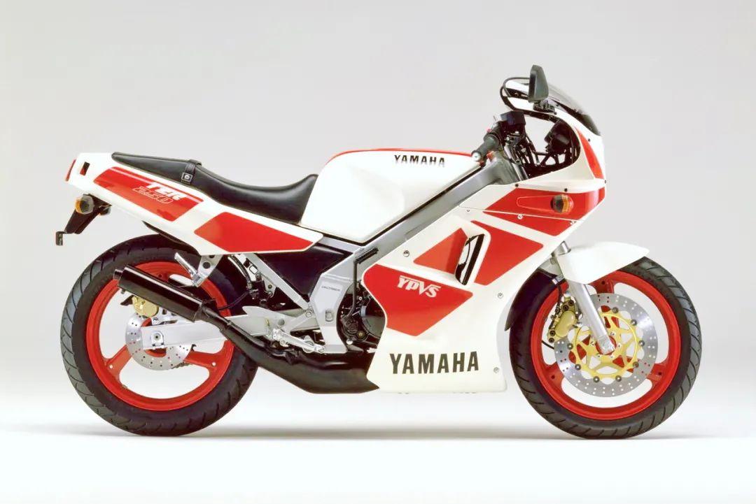 车型历史图库:雅马哈Yamaha TZR250 第一代-第53张图片-春风行摩托车之家