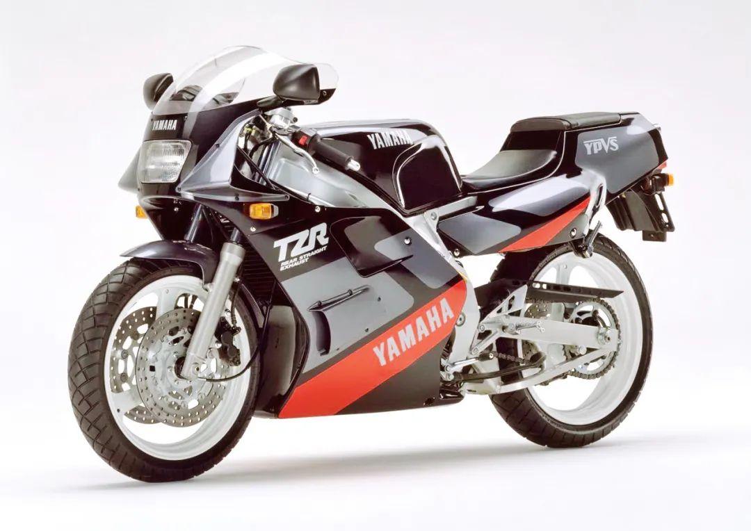 车型历史图库:雅马哈Yamaha TZR250 第二代-第8张图片-春风行摩托车之家
