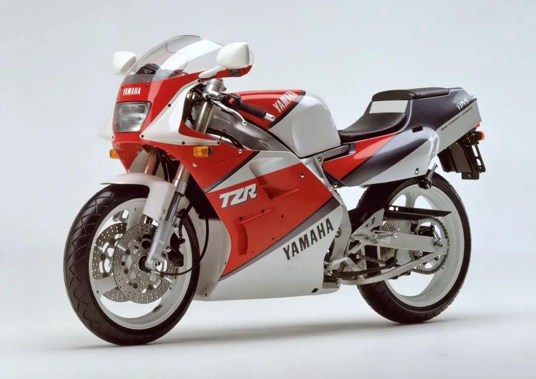 车型历史图库:雅马哈Yamaha TZR250 第二代-第13张图片-春风行摩托车之家