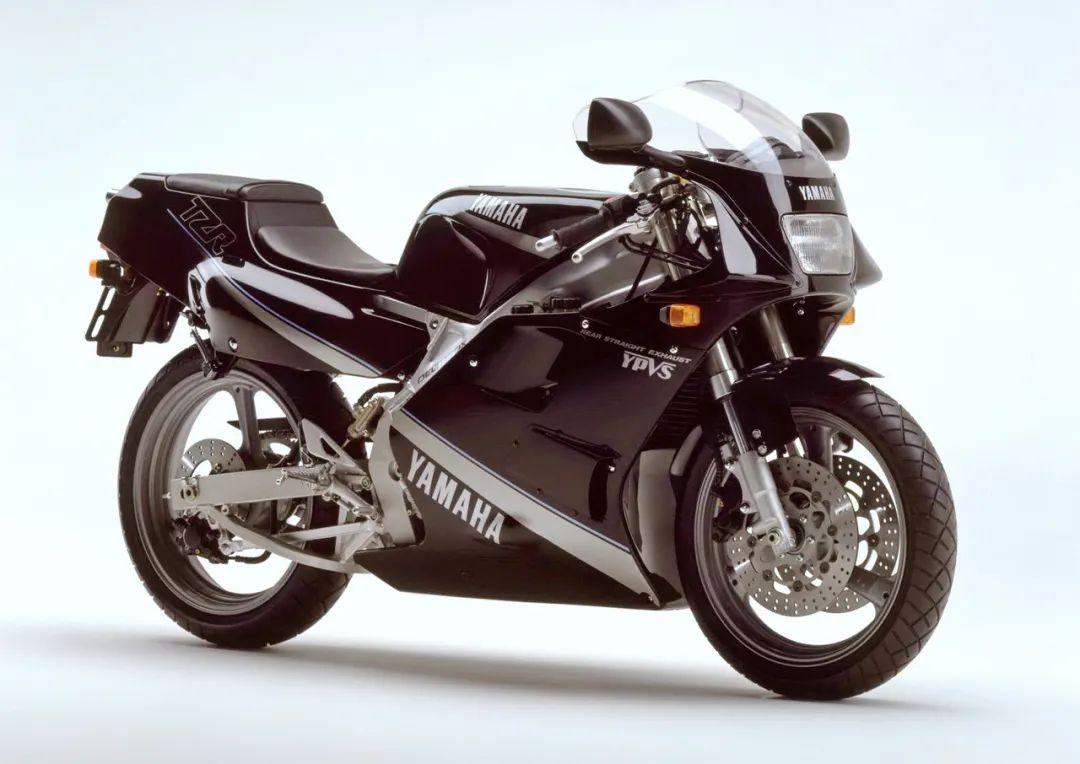 车型历史图库:雅马哈Yamaha TZR250 第二代-第15张图片-春风行摩托车之家