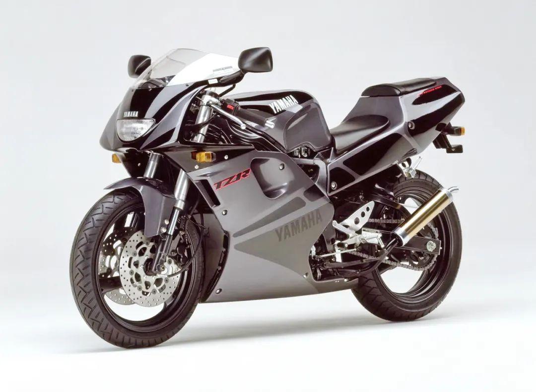 车型历史图库:雅马哈Yamaha TZR250 第三代 最终型-第9张图片-春风行摩托车之家