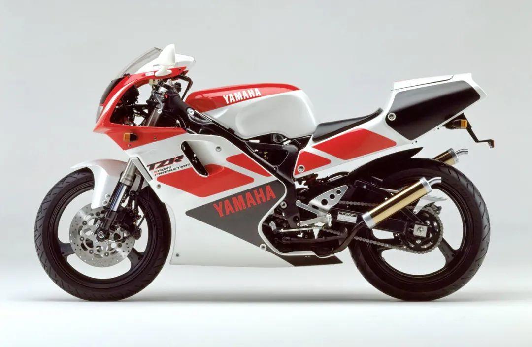 车型历史图库:雅马哈Yamaha TZR250 第三代 最终型-第14张图片-春风行摩托车之家