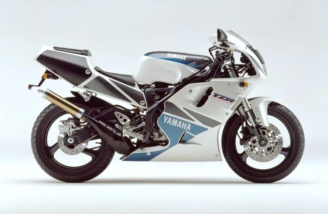 车型历史图库:雅马哈Yamaha TZR250 第三代 最终型-第20张图片-春风行摩托车之家