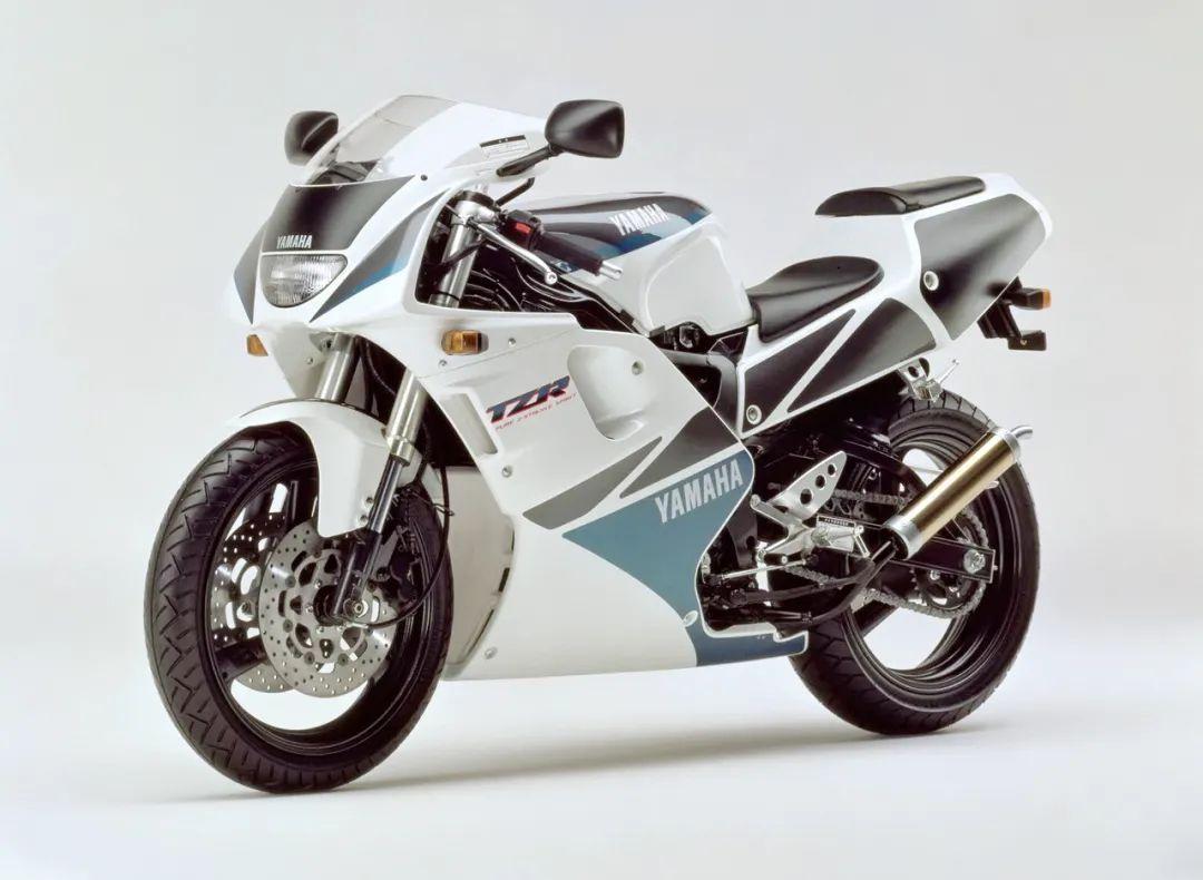 车型历史图库:雅马哈Yamaha TZR250 第三代 最终型-第21张图片-春风行摩托车之家