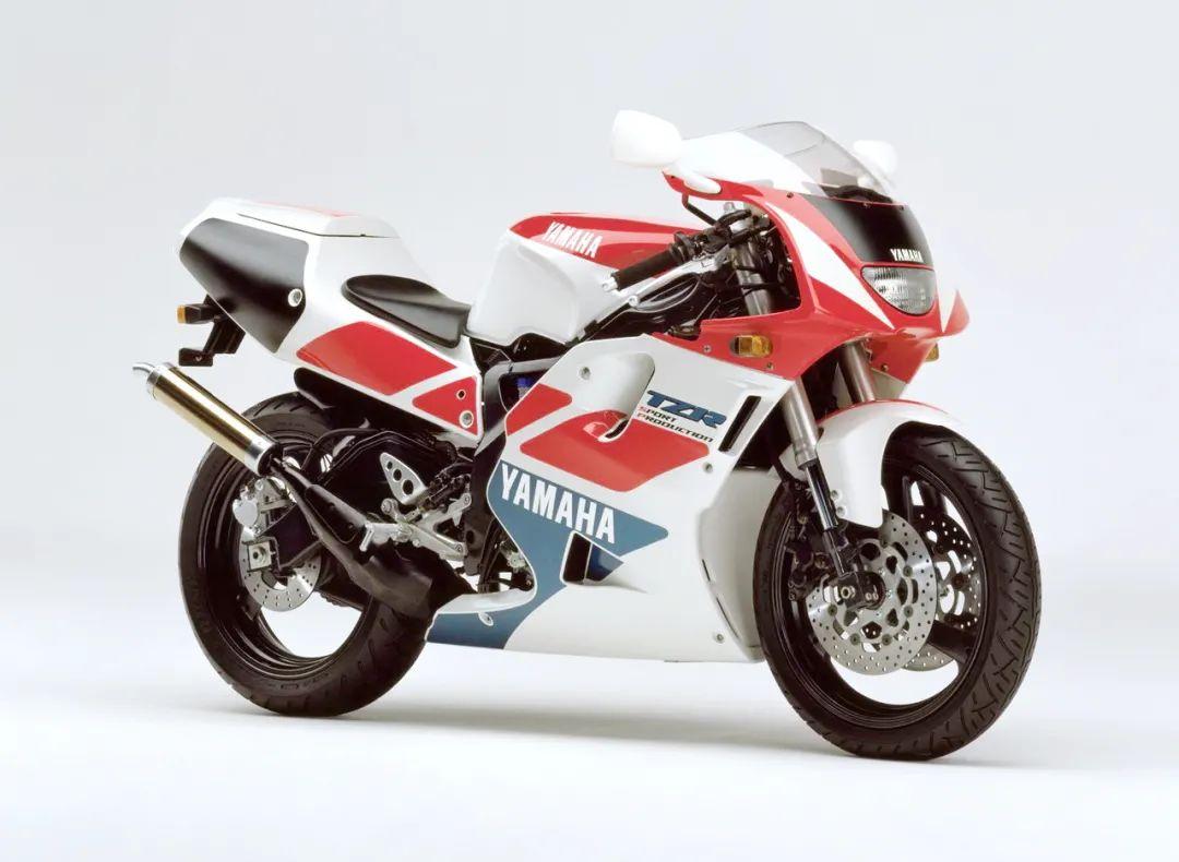 车型历史图库:雅马哈Yamaha TZR250 第三代 最终型-第27张图片-春风行摩托车之家