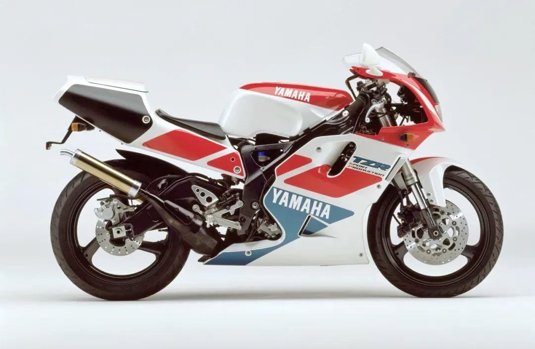 车型历史图库:雅马哈Yamaha TZR250 第三代 最终型-第28张图片-春风行摩托车之家