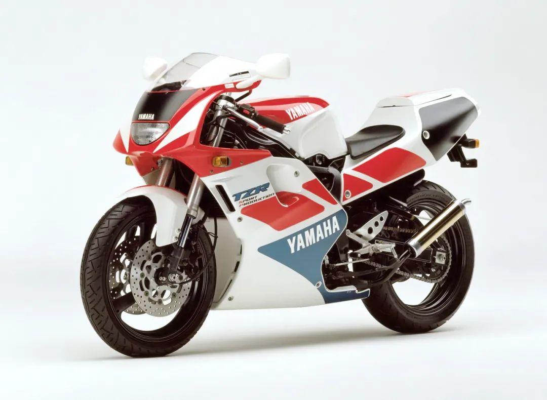 车型历史图库:雅马哈Yamaha TZR250 第三代 最终型-第29张图片-春风行摩托车之家