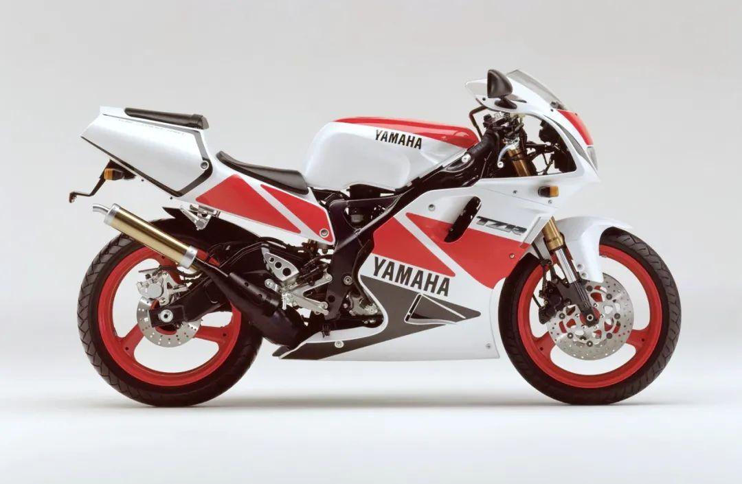 车型历史图库:雅马哈Yamaha TZR250 第三代 最终型-第32张图片-春风行摩托车之家