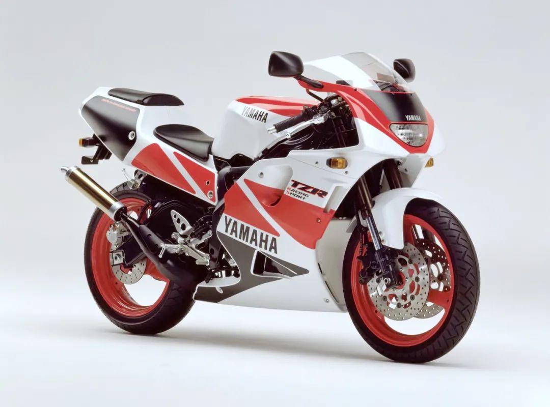 车型历史图库:雅马哈Yamaha TZR250 第三代 最终型-第35张图片-春风行摩托车之家