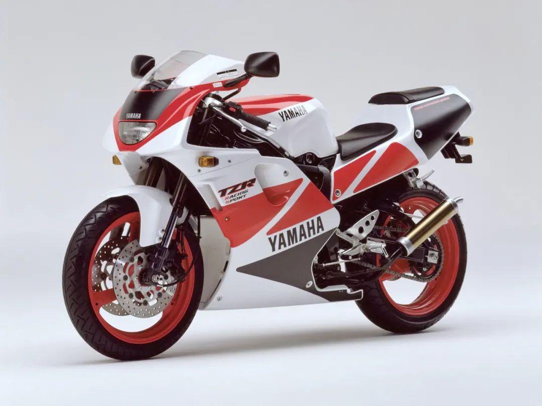 车型历史图库:雅马哈Yamaha TZR250 第三代 最终型-第37张图片-春风行摩托车之家