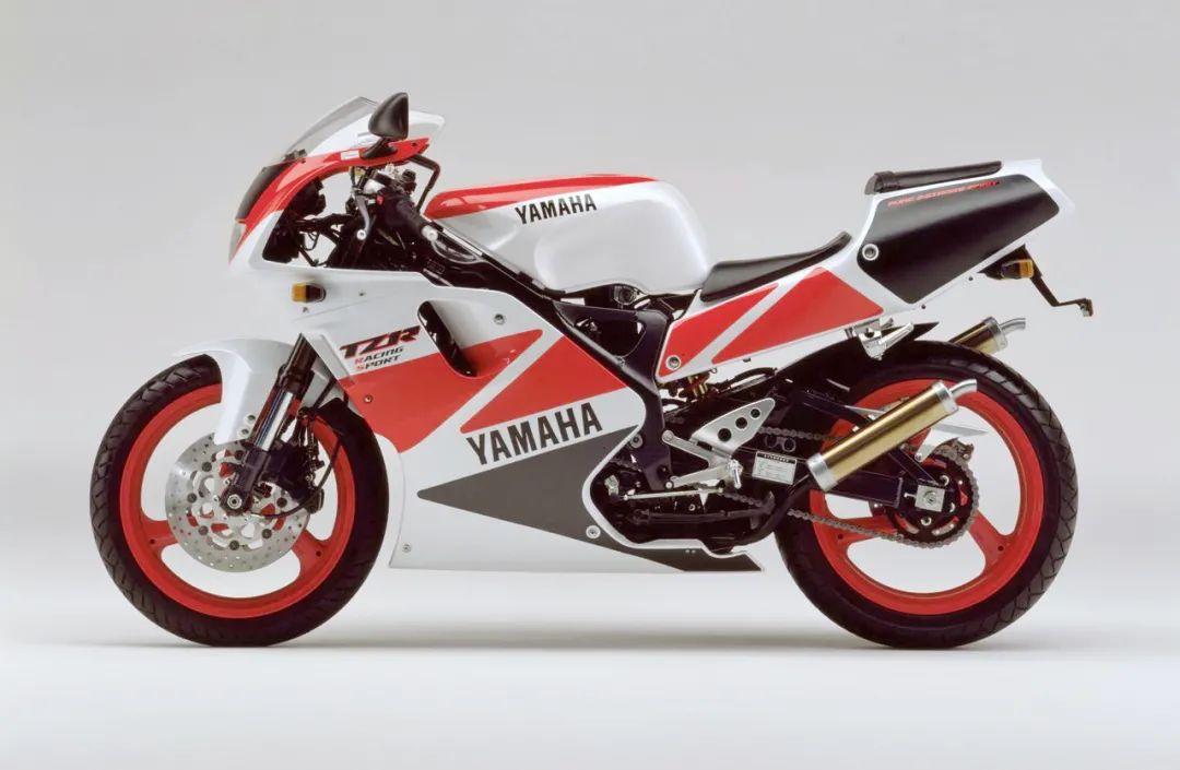 车型历史图库:雅马哈Yamaha TZR250 第三代 最终型-第38张图片-春风行摩托车之家