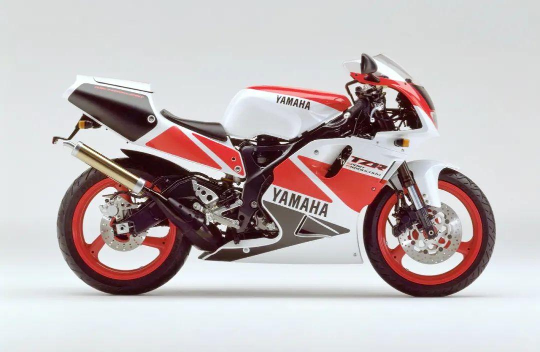 车型历史图库:雅马哈Yamaha TZR250 第三代 最终型-第40张图片-春风行摩托车之家